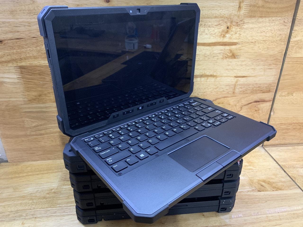 "Dell Latitude 7202 RUGGED TABLET Core™ M-5Y71 8GB SSD 128GB 11.6"" HD Touchscreen Windows 10 Core™ M-5Y10C 800MHz 128GB SSD 4GB"