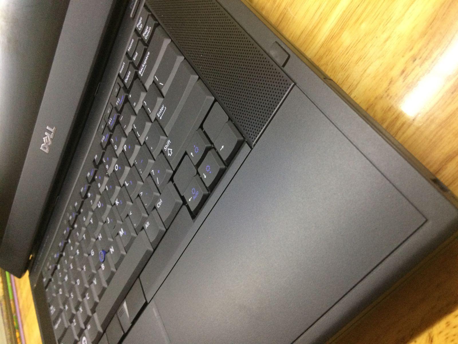 DELL Precision M4500 (Core i7-620M, Ram 4GB, HDD 250GB, Màn Hình 15.6 inch)